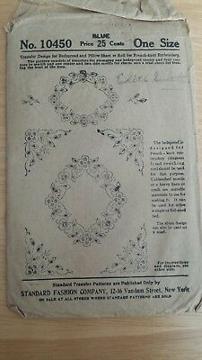 Vintage Uncut transfers design for bedspread and pillows sham