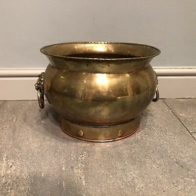 Old Antique Brass & Copper Fireside Scuttle Log Coal Bucket Lion Head Handles