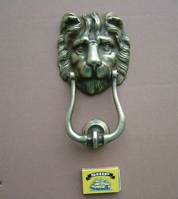 LARGE & IMPRESSIVE ANTIQUE or VINTAGE HEAVY CAST BRASS LION HEAD DOOR KNOCKER
