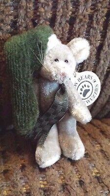 Boyds Bears Plush T. F. Wuzzies Miniature Gray Mouse with Ski Cap Green