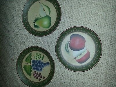 New Set of 3 Home Interiors Decorative Fruit Plates Apples Grapes and Pears 8""