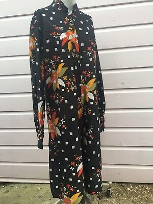 True Vintage 1970s floral print Dress size 16 Large black gold white full sleeve