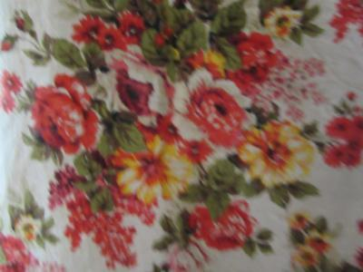 2  Stunning Lengths Of Vintage French Hand-Blocked Chintz Linen/cotton Fabric