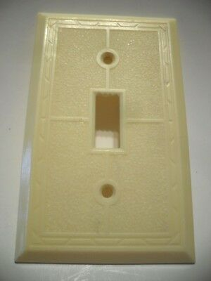 Vintage IVORY Bordered w Textured Center Toggle SWITCH Wall Cover Plate Art Deco