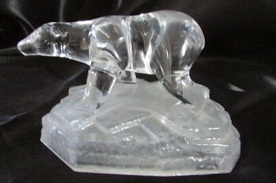 Vintage Cristal D'arquis , Garanti  24% Lead Crystal Polar Bear Paper Weight