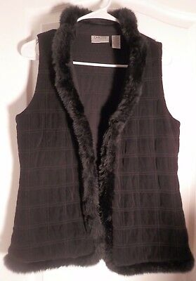 Beautiful!! Chico's Travelers Vest size 0 with Fur Black