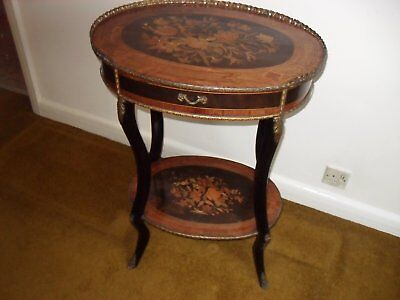 Victorian Inlaid Mahogany Oval French Style Occasional Side Table