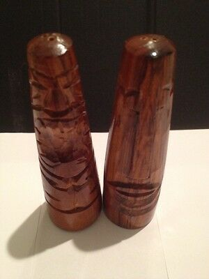 Salt And Pepper Shakers-Wooden, Carved, Tiki,Tribal ,Retro.