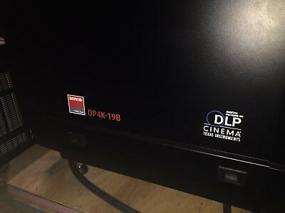 BARCO DP4K-19B DIGITAL CINEMA Projector