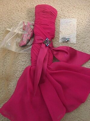 """Tonner Doll Co 16"""" Chic City Lights Outfit Mint Complete"""