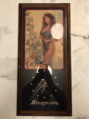 Vintage Snap-On Pin Up Girl Lingerie Wood Wall Clock  Christmas Tree - Works!!!