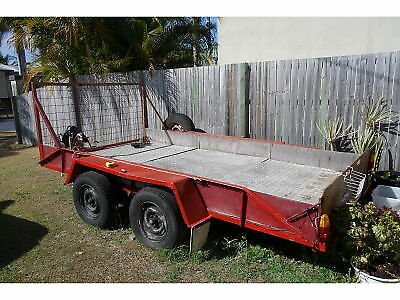TRAILER large  - box/car