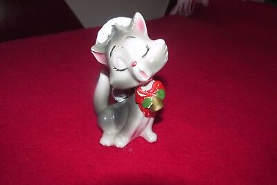 SWEET VINTAGE LEFTON SINGING CAT FIGURINE WITH BOW AND CHRISTMAS HAT numbered