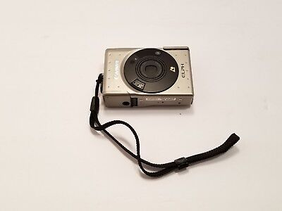 Canon Elph Point Shoot Camera With 24-48mm Zoom Lens  1:4.5-6.2 in untested
