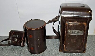 Vintage / Retro Yashica 635 twin lens, waist level finder camera with extras