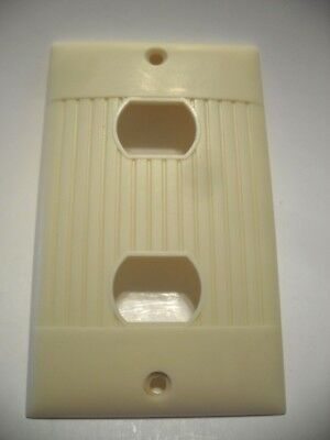 Vtg IVORY Ribbed DOUBLE Horizontal Toggle SWITCH Wall Cover Plate Mc Donald Mfg.