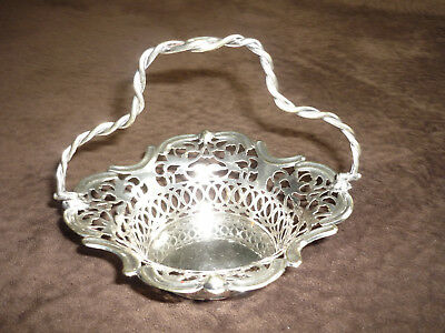 Sweet Vintage Epns Reticulated Basket With Handle / S.b. & Co., England