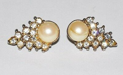 Angelina Jolie Screen Worn Pearl Earrings Jewelry The Good Shepherd Movie