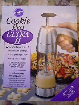 NEW Wilton Cookie Pro Ultra II Deluxe Press w/ 19 Discs -- COMPLETE In Box!