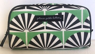 Petunia Pickle Bottom Powder Room Case in  PALM SPRING, GREEN. BRAND NEW WOT