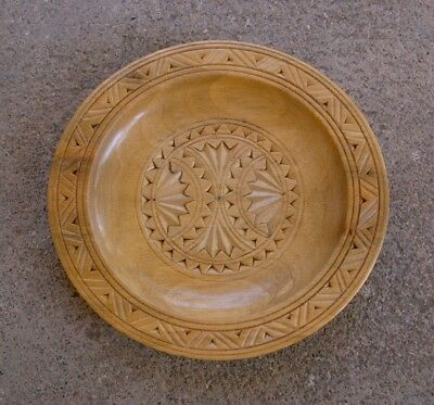 """Vintage Small Carved Wooden Plate, 5-3/8"""" x 5-1/8"""" Oval, Light Wood"""