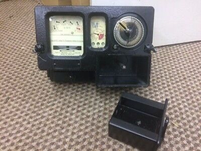 used working landlord/ tenants sub coin meter, old and new £1 coin