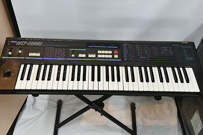 KORG DW-6000 Programmable Digital Waveform Synthesizer Keyboard