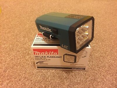 MAKITA LXLM01 LED Flashlight LXT18V Lithium-ion