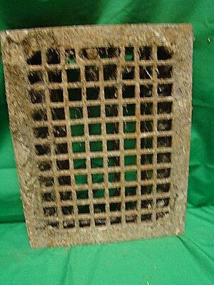 ANTIQUE CAST IRON HEATING GRATE SQUARE DESIGN 14 X 11 sdc