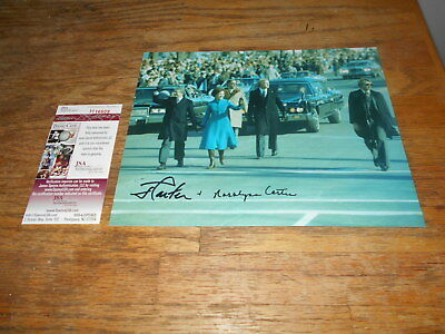 Jimmy Carter and Rosalynn US Presidential Walk Signed JSA #H16609 Autograph 8X10