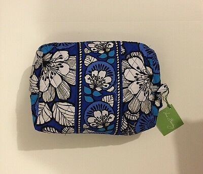 NWT Vera Bradley Travel LARGE Large Cosmetic Bag In Blue Bayou