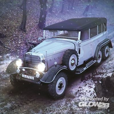 ICM 24012 Typ G4 Soft Top WWII German Personnel Car in 1:24