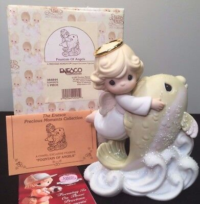 """Precious Moments Chapel Exclusive Fountain of Angels Mint In Box 6"""" Tall"""
