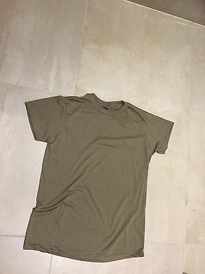 US ARMY wicking  tshirt, coyote nos,us made,XL,2013