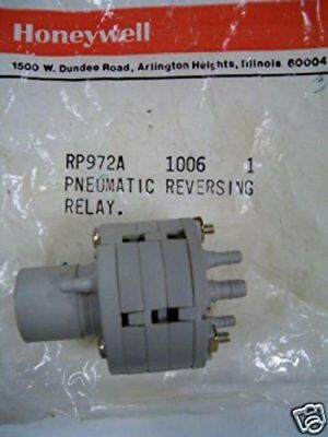 NEW IN FACTORY BAG * HONEYWELL RP972A1006 PNEUMATIC REVERING RELAY