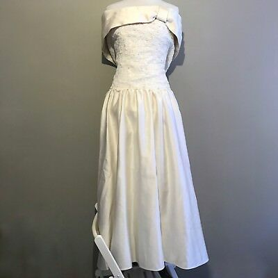 TRUE VINTAGE 1990s 1980s Wedding Gown Dress Lace Satin Pearls Halloween Small
