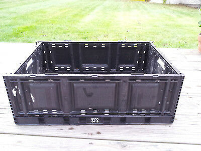 stackable collapsible plastic storage produce crates/bins 8x16x24