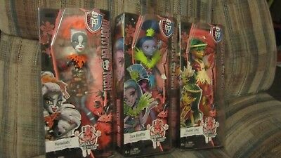 Monster High Doll Lot Ghouls' Getaway Jane Boolittle & Jinafire Long & Meowlody