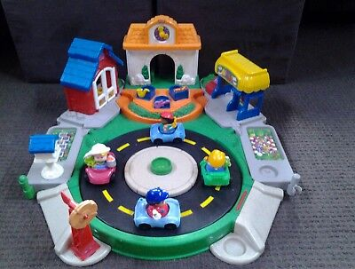 Fisher Price Little People Town Centre set