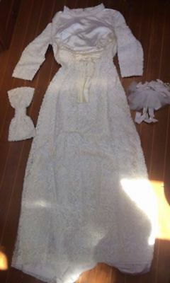 Vintage Japanese Heavy Lace Bridal Wedding Dress With Bow & Bouquet Size Xs