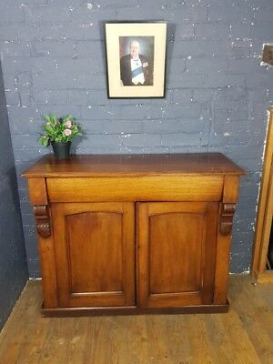 Victorian Mahogany Chiffonier sideboard in lovely condition