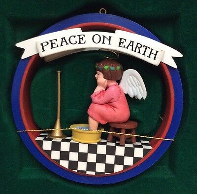 """Vintage 1987 Midwest Mary Engelbreit """"peace On Earth"""" Ornament"""