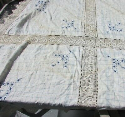 Antique Lace Tablecloth Cupids Arrow Heart Lace Spider Stitch Embroidery 62x57