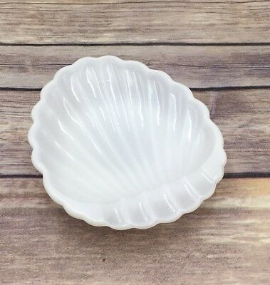 Vintage Milk Glass Scalloped Shell White Soap Dish Nut Candy Tray