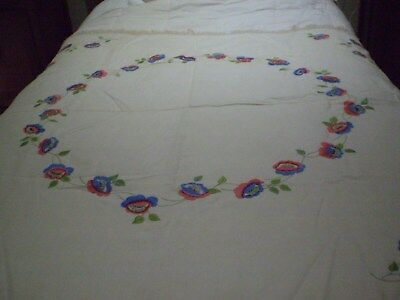 Antique/vintage Large Hand Embroided Tablecloth Linen With Crochet Lace Edging