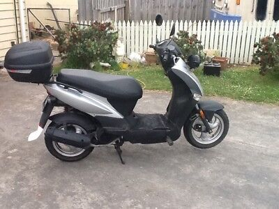 kymco 125cc scooter
