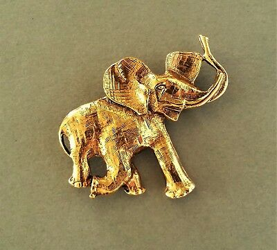 Beautiful Vintage Brushed Gold Tone LUCKY African ELEPHANT Brooch Pin