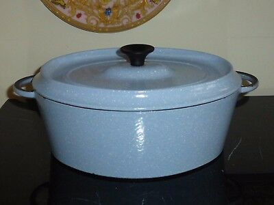 Cast Iron Light Blue Oval Roaster Dutch Oven 31 Made In France 5 Quarts