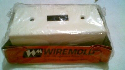 New Wiremold On-Wall V57240 Single Pole switch and box 15a and clips + joinerkit