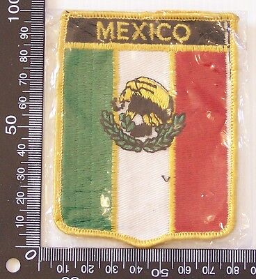 Vintage Mexico Embroidered Souvenir Patch Woven Cloth Sew-On Badge
